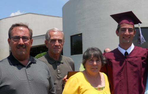 Family photo with the grad (6/09)